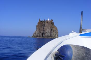 giro dell'isola Strombolicchio