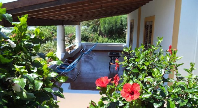 bed and breakfast panarea
