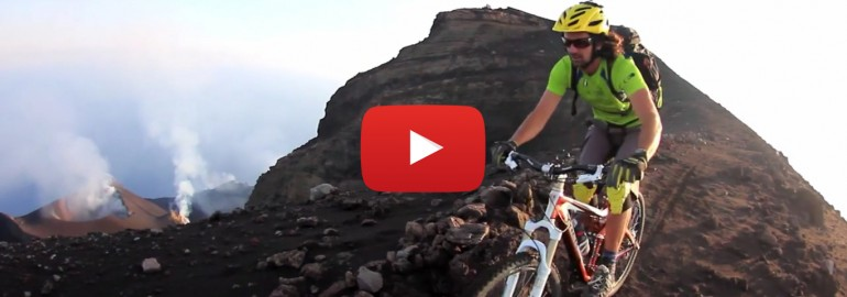 down hill stromboli volcan isole eolie