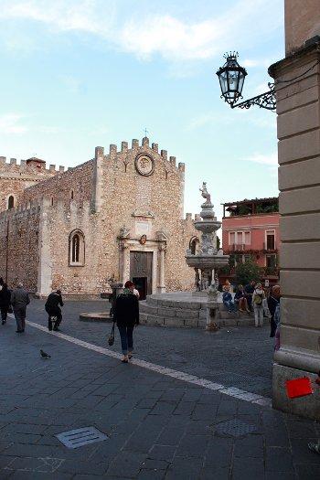 taormina cattedrale