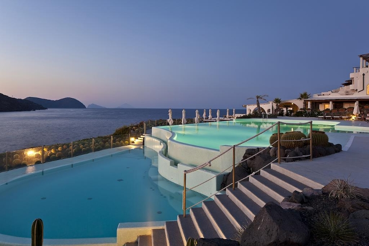 HOTEL THERASIA RESORT VULCANO ISOLE EOLIE